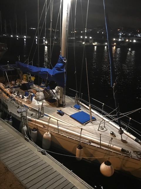 Nattbild i hamn